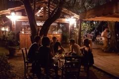 bar-esterno-notte